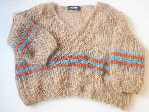 La-babou-Mohair-City-sweater-kraag